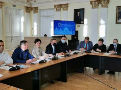 «Бизнес и НКО друг с другом не знакомы»: в Ярославле выясняли, что мешает долгосрочному сотрудничеству