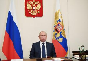 Путин поддержит: президент утвердил список мер поддержки НКО на период пандемии