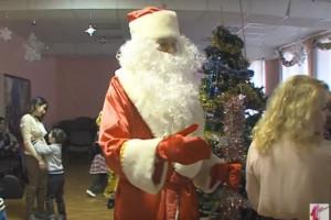 В Ярославле проводят елки для особенных детей